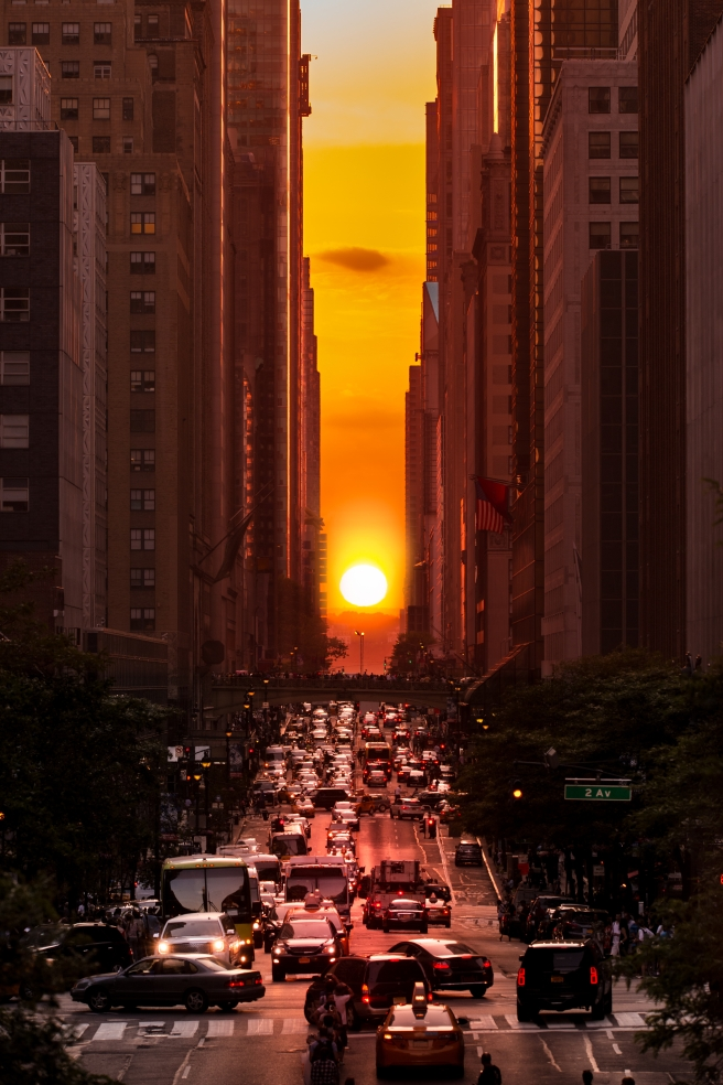 dreamstime_xxl_54870871 Manhattanhenge sunset NYC