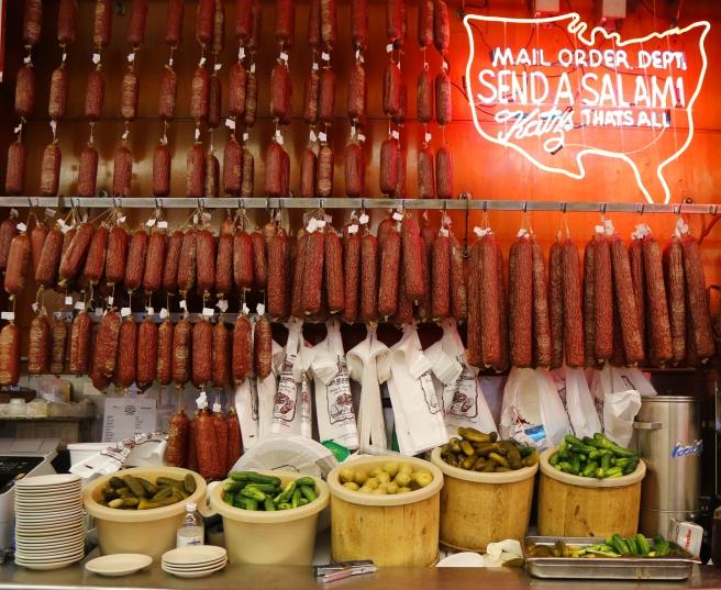 dreamstime_xxl_53930288 New York NYC Katz's Delicatessen Salami