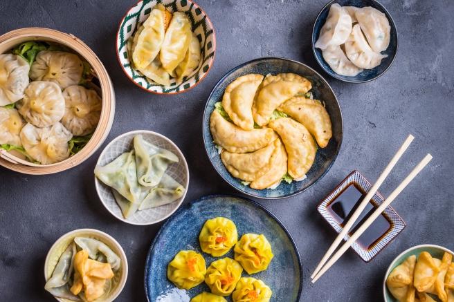 dreamstime_xxl_98450133 food chinese dim sum dumpling