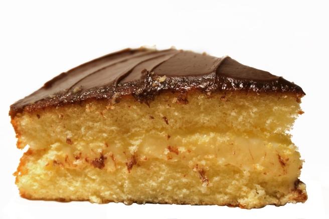 dreamstime_xxl_1653090 food dessert boston cream pie